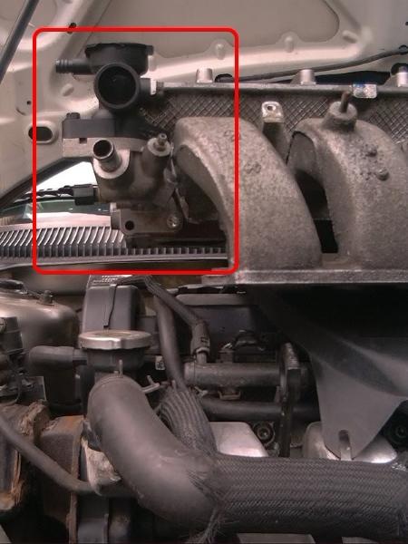 корпус термостата коннектор крайслер себринг додж стратус 2.4